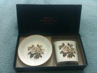 Royal Worcester bone china cigarette holder & ashtray or posy vase & pin tray