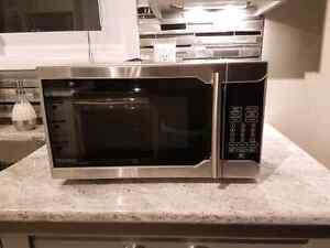 Microwave danby for 70$ only