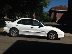 2002 Pontiac Sunfire négociable
