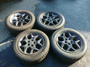 """Mags 15"""" 5x100 sur pneu hiver"""