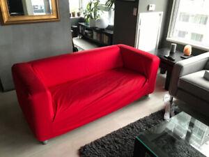 IKEA KLIPPAN sofa Loveseat - red / white - two covers