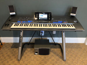 YAMAHA TYROS 5 - 76 KEY ARRANGER WORKSTATION