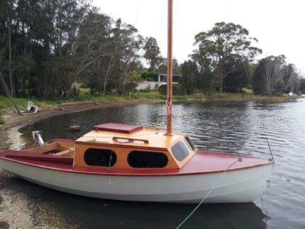 Trailer Sailer Boat