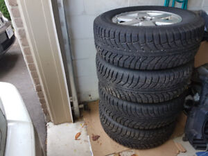 Volvo XC90 Rims and Winter Tires in Excellent Conditon