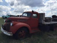 1946 Maple Leaf Flatbed Truck