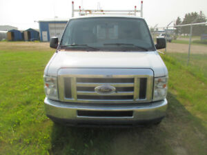 Rust free and ready to go 2008 Ford Cargo Extended E- 250 Van