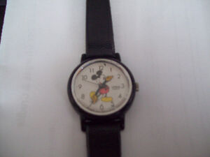 RARE MICKEY MOUSE WATCH  and TIMEX LION KING WATCH London Ontario image 5