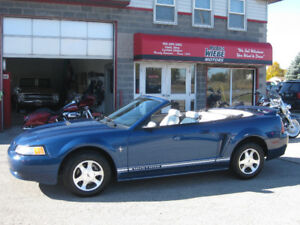 2000 Ford Mustang Convertible * ONLY 69,000kms!!!*