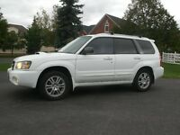 2004 Subaru Forester XT: 2.5 Turbo, 5 Speed,Loaded,Drives Great!