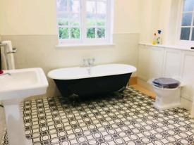 Kitchen&Bathroom fitters,Joiner,Painter,Tiler,Plasterer