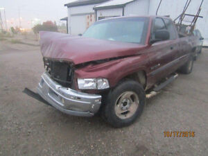 JUST IN FOR PARTS! 2001 DODGE RAM @ PICNSAVE WOODSTOCK!