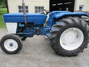 tracteur 445 universel