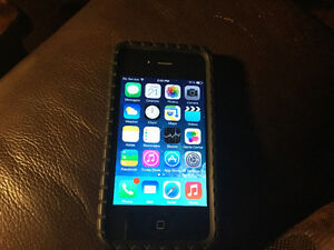 iPhone 4S. 16 GB Mint Condition
