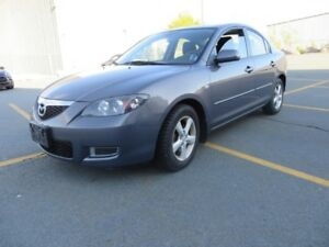 2008 Mazda3 GS (2 set of tires)
