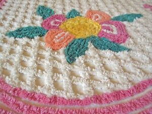 "VINTAGE 1950s THICK ""ICING"" CHENILLE COTTON BEDSPREAD W SKIRTING"