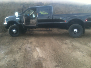 2004 Ford F-350 Lifted Dually Lariat Pickup Truck