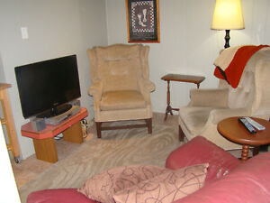 Furnished 2bdrm with great weekly and monthly discounts Kingston Kingston Area image 3