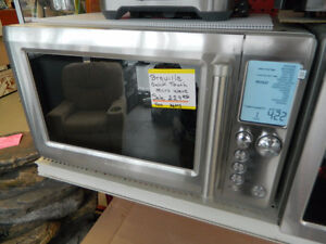 Breville QuickTouch Microwave @ Thamesville Surplus