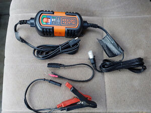 Black & Decker 6v & 12v Charger Maintaine New