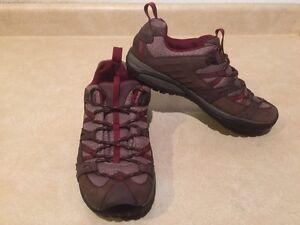 Women's Merrell Hiking Shoes Size 8 London Ontario image 4