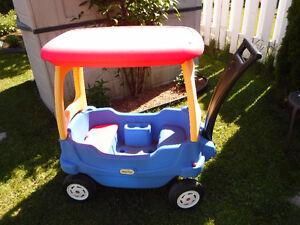 Brouette - Chariot Little Tikes avec toit