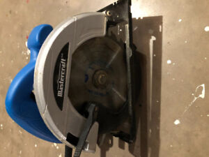 mastercraft circular saw. Perfect condition works great. $20