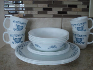 Set of Corelle Dishes (x2) Sold pending pick up.