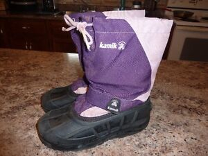 Girls size 5 Kamik winter boots