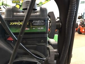 JOHN DEERE 1028E WALK BEHIND SNOW BLOWER... REDUCED!! Strathcona County Edmonton Area image 3