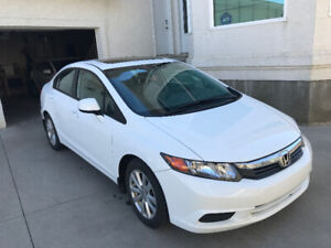Honda Civic EX-L  2012 white - Fully Loaded - Low Mileage