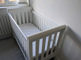 Cot Bed (Delivery included)