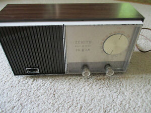 Vintage Zenith Solid State A.M.--F.M. Radio--1950's