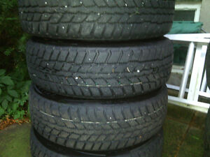 Set (4) of Winter Tires For Sale (With RIMS) - 100$ West Island Greater Montréal image 2
