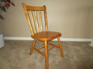 Wooden chair for sale Moose Jaw Regina Area image 1