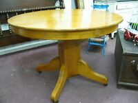 Antique Solid Pine Round Dinning Table