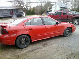 2004 Pontiac Grand Am pour les pieces