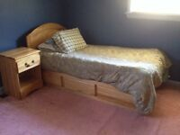 Solid Wood Complete Matching Bedroom Set (Twin)