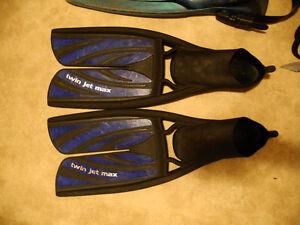 Snorkel or Diving Fins, Scuba diving knives, scuba tank valve