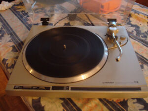 Pioneer PL-100 Belt turntable - Nice PL100