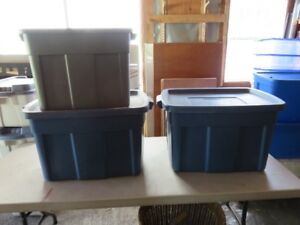 Storage Totes (18 w/ covers 1 w/o cover) total 19