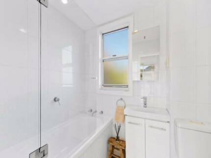 Beautiful 2 bedrooms unit in Bondi Junction