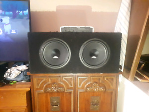 2 10 inch subs in a sealed box with