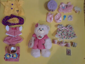 Fisher-Price BriarBerry Dress-up Set: Berrylynn and Accessories