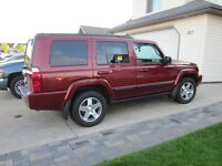 2009 Jeep Commander SUV, Crossover