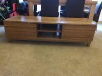 Soils oak tv unit