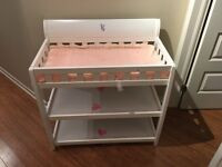 baby changing table/ arrangement