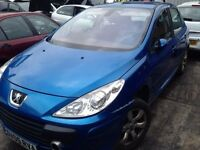 2005 PEUGEOT 307 SE HDI 5 DOOR HATCH BLUE KFMD CODE - 1.6 DIESEL ENGINE - 9HX BREAKING SPARES PARTS