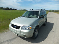 2005 Ford Escape SUV, AWD Fully Loaded