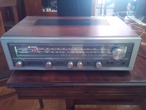 Luxman R-3055 Receiver with Acculock Tuning