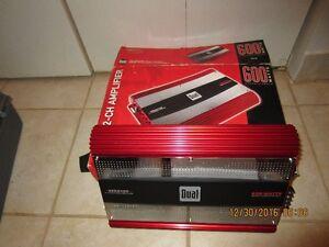 600 WATTS Dual xpa4100 Amplifier